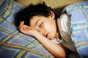 Children who are overweight are more likely to have poor sleep patterns.